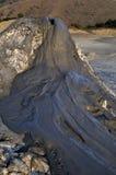 Schlammiger Vulkanhintergrund lizenzfreies stockfoto