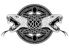 Schlange und keltische Muster Lizenzfreies Stockfoto