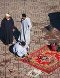 Schlangen im Djemaa EL-Fna Quadrat, Marrakesch Stockfoto