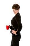 Schlanker Geschäftsfrauesprit ein Tasse Kaffee lizenzfreies stockfoto