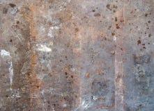 Schlecht gealterte und ruinierte Metallplatte Stockfotografie