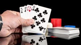 Schlechte Pokerhand mit Ace hoch Stockbilder