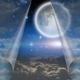 Schleier von Himmel gezogenem offenem Stockbild