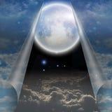 Schleier von Himmel gezogenem offenem Stockfoto