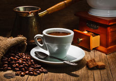 Schleifer und anderes Zubehör für den Kaffee Lizenzfreies Stockfoto