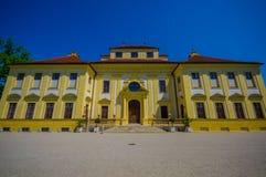 Schleissheim, Alemanha - 30 de julho de 2015: Construção do palácio de Lustheim do close up, situada no outro lado de Schleisshei Fotos de Stock