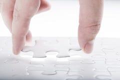 Schließen Sie fehlendes Puzzlen ab lizenzfreies stockbild