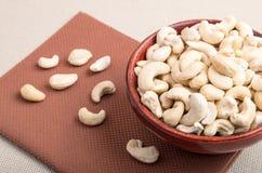 Schließen Sie herauf Ansicht über rohe Acajounüsse für vegetarisches Lebensmittel Stockbilder