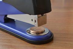 Schließen Sie herauf Ansicht einer Kreditkarte Stockfotografie