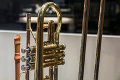 Schließen Sie herauf Bild einer Trompete lizenzfreie stockfotos