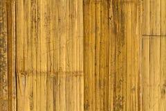 Schließen Sie herauf braunen Bambuszaunhintergrund Lizenzfreie Stockbilder