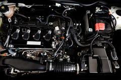 Schließen Sie herauf Detail der Neuwagenmaschine den starken Motor eines Autos Stockfotografie