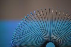 Schließen Sie herauf Detail eines großen Frühlinges, Seitenansicht Stockfotos