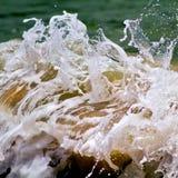 Schließen Sie herauf Details eines Meereswoge-Brechens lizenzfreies stockfoto