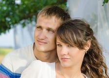Schließen Sie herauf Foto eines liebevollen jungen Paares lizenzfreies stockfoto