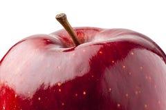 Schließen Sie herauf glänzendes rotes Apple lokalisierte Stockbild