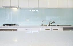 Schließen Sie herauf Küche splashback Bank lizenzfreie stockfotografie