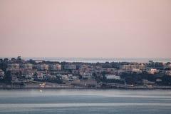 Schließen Sie herauf Luft-viev auf kroatischem istrian Kap savudrija in der blauen Stunde, von Slowenien lizenzfreie stockbilder