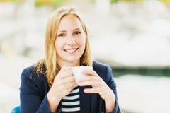 Schließen Sie herauf Porträt der Frau mit 35 Jährigen Lizenzfreie Stockfotografie