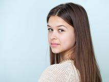 Schließen Sie herauf Porträt einer schönen Jugendlichen Stockfotos