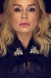 Schließen Sie herauf recht blondes Frauen-Gesicht Lizenzfreies Stockbild