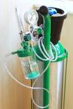 Schließen Sie herauf Sauerstoff-Flasche lizenzfreie stockbilder