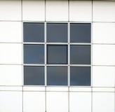 Schließen Sie herauf Schuß der Bürofenster Lizenzfreies Stockfoto