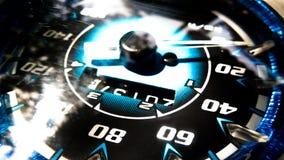 Schließen Sie herauf Schuss eines Geschwindigkeitsmeters in einem Auto Stockfotos