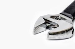 Schließen Sie herauf Stahluniversalschraubenschlüssel auf Weiß Lizenzfreie Stockbilder