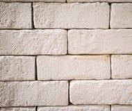 Schließen Sie herauf weiße Backsteinmauer für Beschaffenheit und Hintergrund Lizenzfreie Stockfotografie