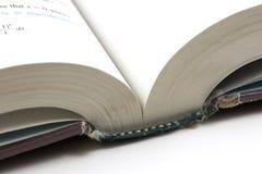 Schließen Sie oben auf einem geöffneten Buch Lizenzfreie Stockbilder