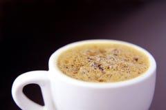 Schließen Sie oben vom Kaffee in einer Schale Lizenzfreie Stockfotos