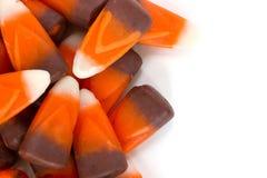 Schließen Sie oben vom Süßigkeitsmais auf einem weißen Hintergrund lizenzfreie stockfotos
