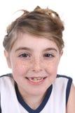Schließen Sie oben vom sommersprossigen Gesicht des hübschen, jungen Mädchens Lizenzfreies Stockfoto