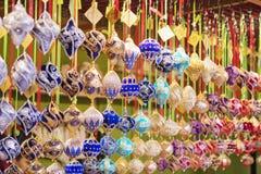 Schließen Sie oben vom Weihnachtsmarktstall in Wien, Österreich Weihnachten lizenzfreies stockfoto