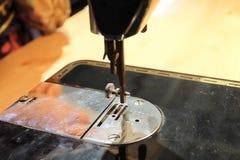 Schließen Sie oben von alte Weinlese-Nähmaschine Lizenzfreies Stockfoto