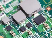 Schließen Sie oben von den elektronischen Bauelementen auf dem Motherboard, Mikroprozessorchip Stockbild