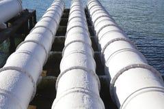 Schließen Sie oben von den großen Abwasserleitungen Stockfoto