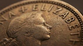Schließen Sie oben von den sehr alten Münzen stock video footage