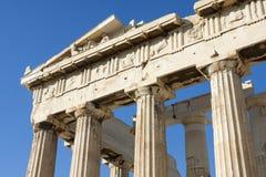 Schließen Sie oben von den Spalten im Parthenon Stockfoto