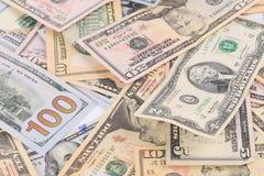 Schließen Sie oben von den verschiedenen Dollarscheinen Lizenzfreie Stockbilder