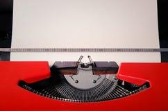 Schließen Sie oben von den Zeichen auf einer alten Schreibmaschine Lizenzfreies Stockbild