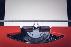 Schließen Sie oben von den Zeichen auf einer alten Schreibmaschine Lizenzfreies Stockfoto