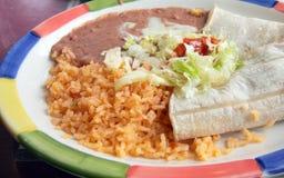 Schließen Sie oben von der mexikanischen Küche auf einer Platte Stockfoto
