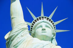 Schließen Sie oben von der Replik des Freiheitsstatuen, New York - New York ho stockbild