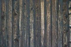 Schließen Sie oben von der Wand, die von den hölzernen Planken hergestellt wird Lizenzfreie Stockfotografie