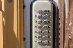 Schließen Sie oben von der Wechselsprechanlage im Eintritt eines Hauses Lizenzfreies Stockfoto