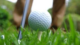 Schließen Sie oben von einem Golfball stockbilder