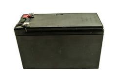 Schließen Sie oben von einer generischen schwarzen Autobatterie, die auf weißem Hintergrund lokalisiert wird Lizenzfreies Stockbild