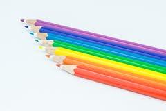 Schließen Sie oben von farbigen Bleistiften stockfotos